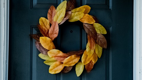 Herfsttip: herfstslinger bij de voordeur