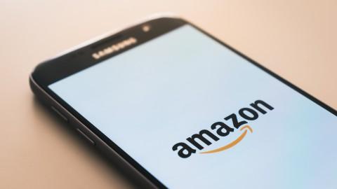 FNV waarschuwt 'nieuwkomer' Amazon: respecteer je werknemers en hun rechten