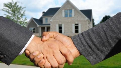 Wie een huis wil kopen is gemiddeld 4 ton kwijt